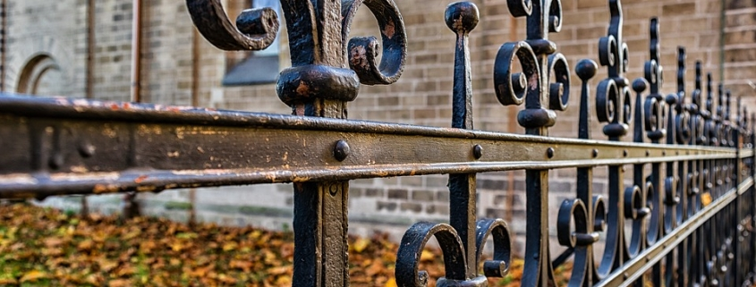 De voordelen van een metalen hekwerk